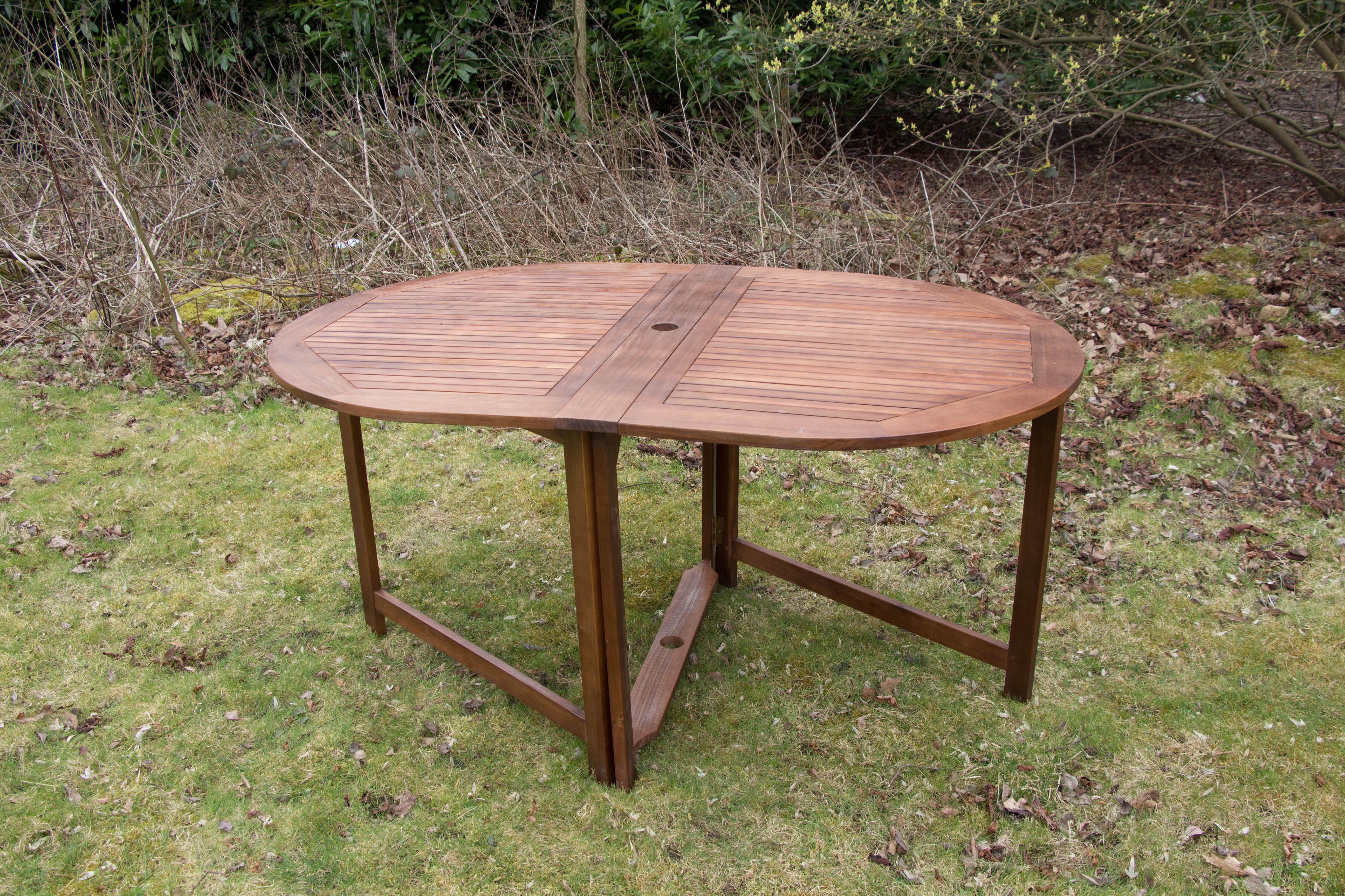 Hardwood large garden folding table simply wood for Hardwood garden furniture